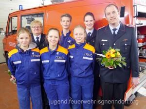 Die Geehrten, Gewählten und Verabschiedeten der Jugendfeuerwehr Ohndorf.